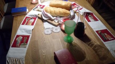 La mesa Preparada this párr dar gracias a la Esencia Divina
