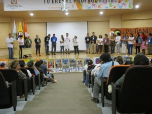 Different aspects of the dynamic participation of the groups present.