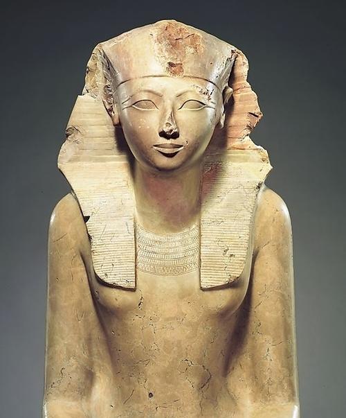 Hatshepsut fue originalmente confundido por un hombre por los estudiosos porque era badass totales